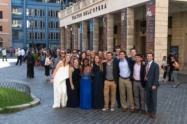 Group to the Opera